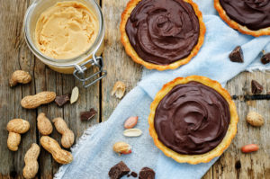 Classic-Peanut-+-Chocolate-Southern-Tartlets